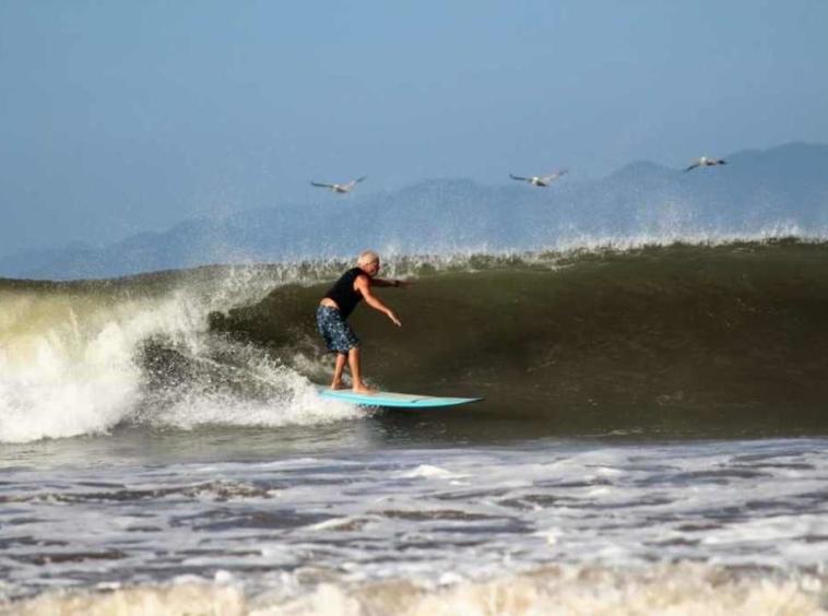 boca-barranca-surf-resort-henry-ford
