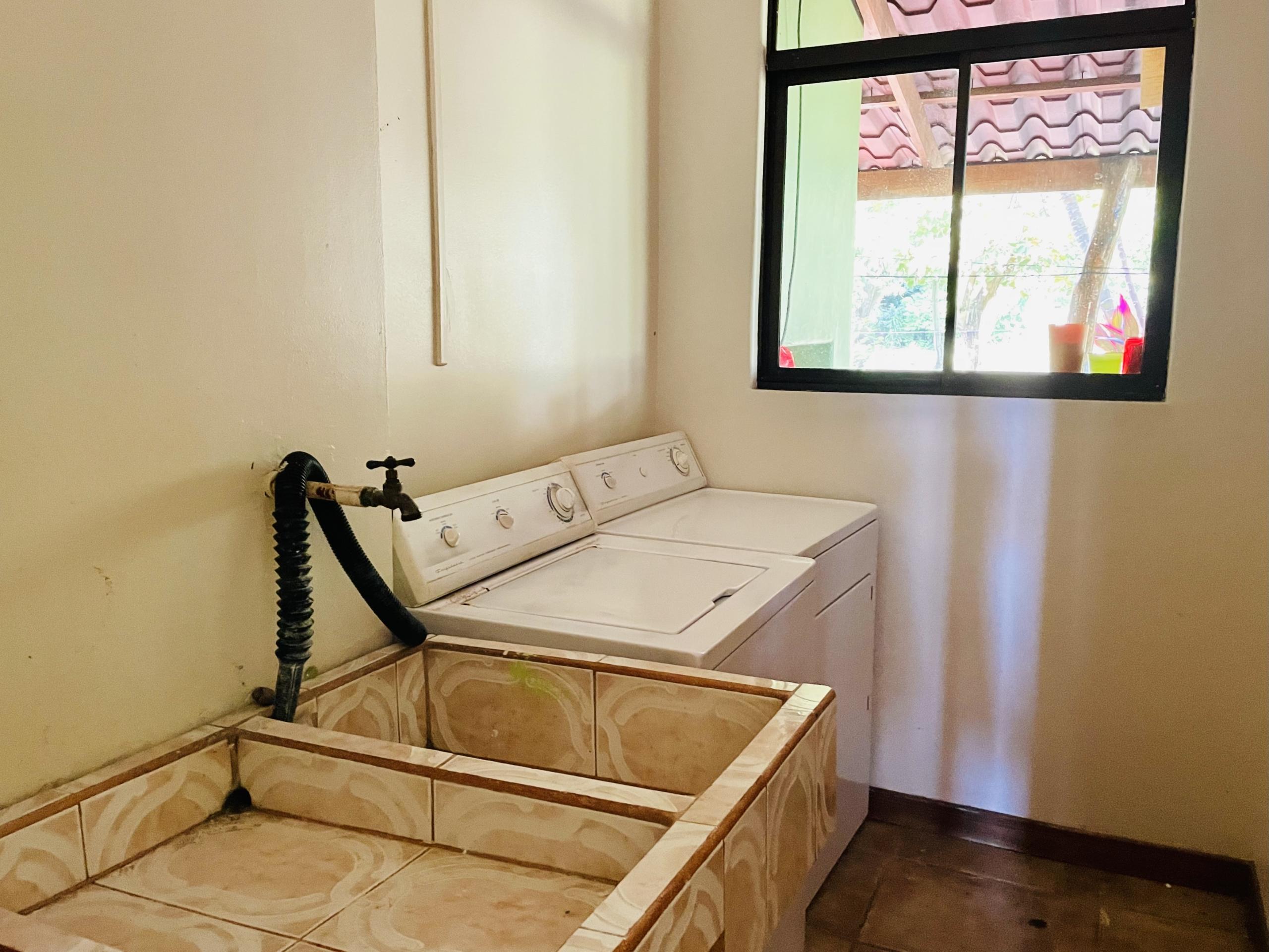 boca-barranca-costa-rica-villa-front-laundry-room