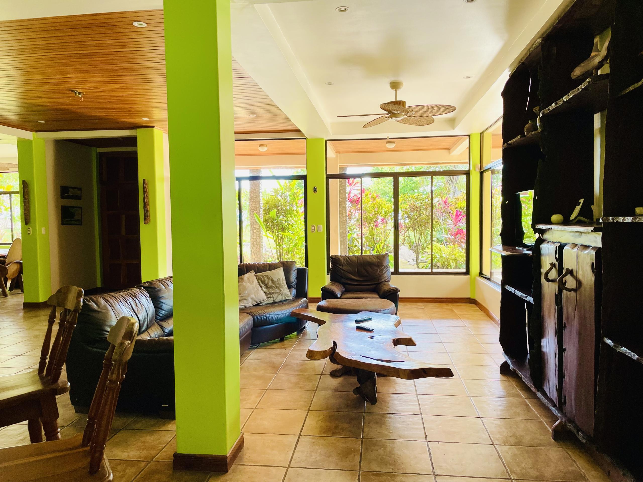 boca-barranca-costa-rica-villa-living-room