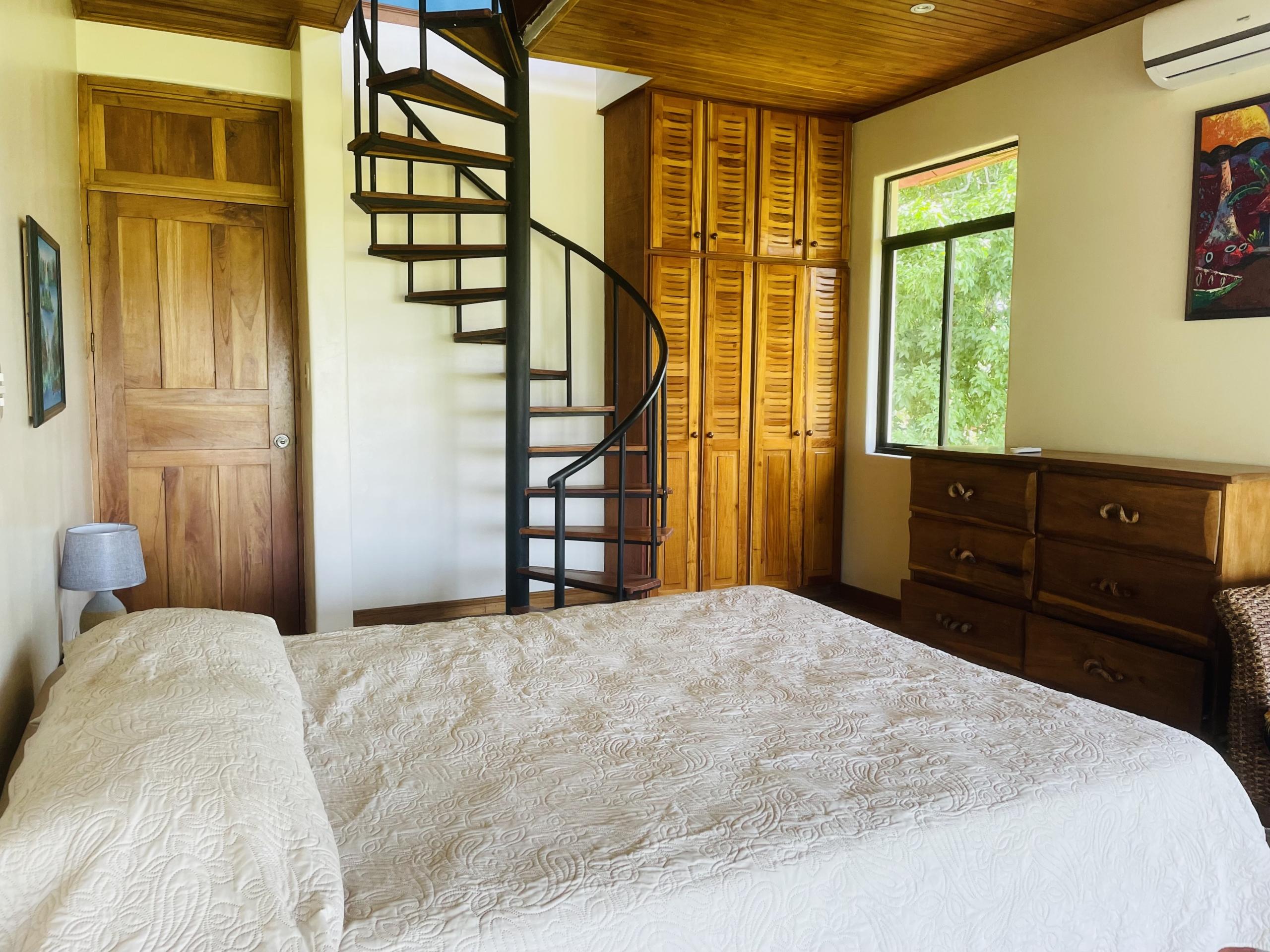 boca-barranca-costa-rica-villa-bedroom