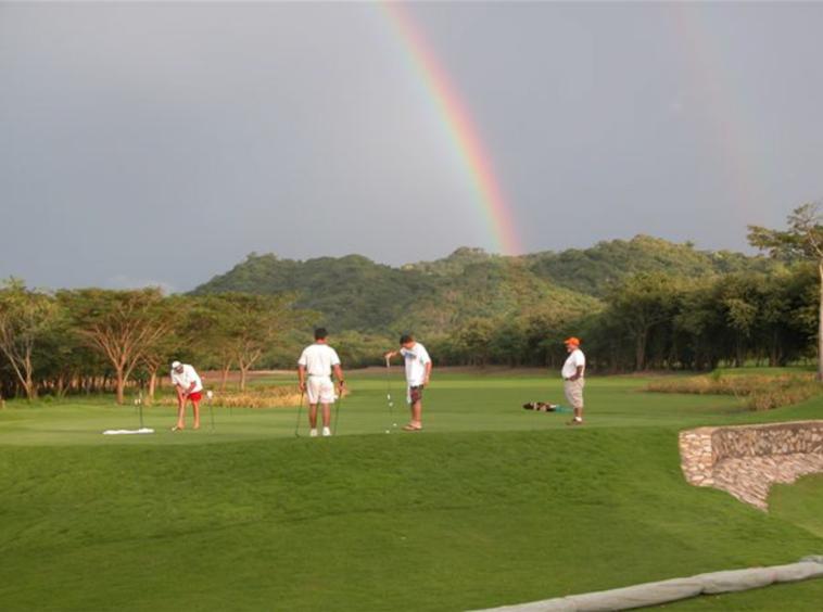 golfing-hacienda-iguana-nicaragua