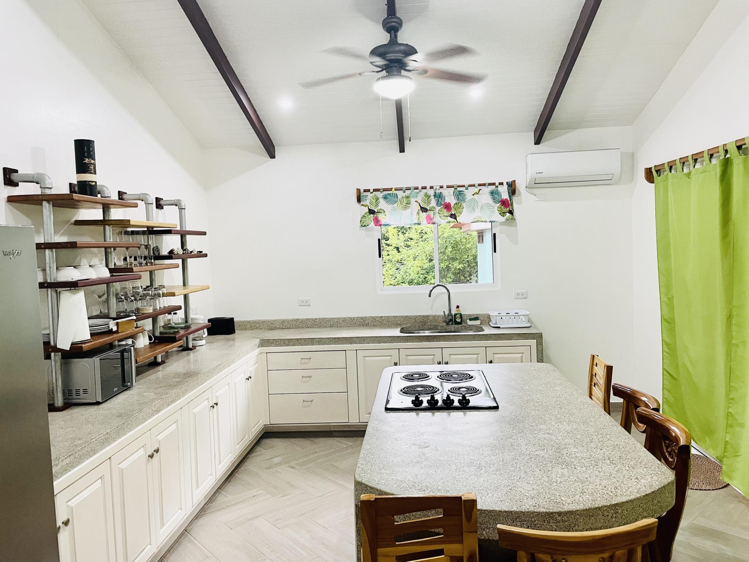 pelicano-dorado-kitchen-high-view
