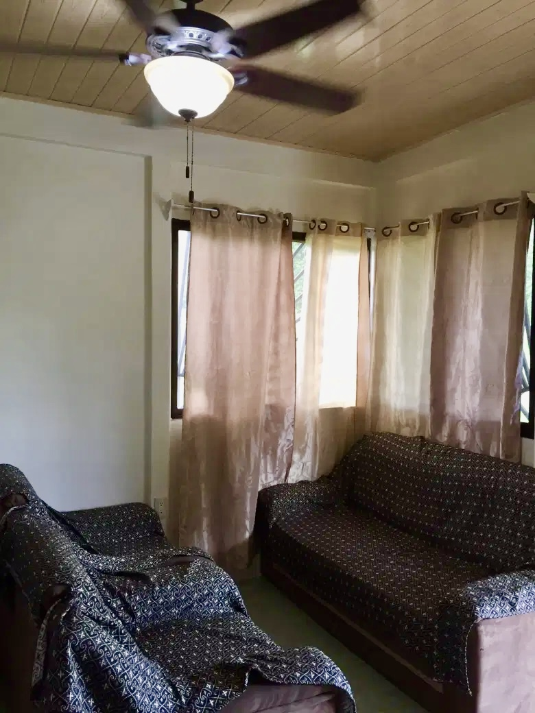 pavones-ocean-view-beach-house-livingroom