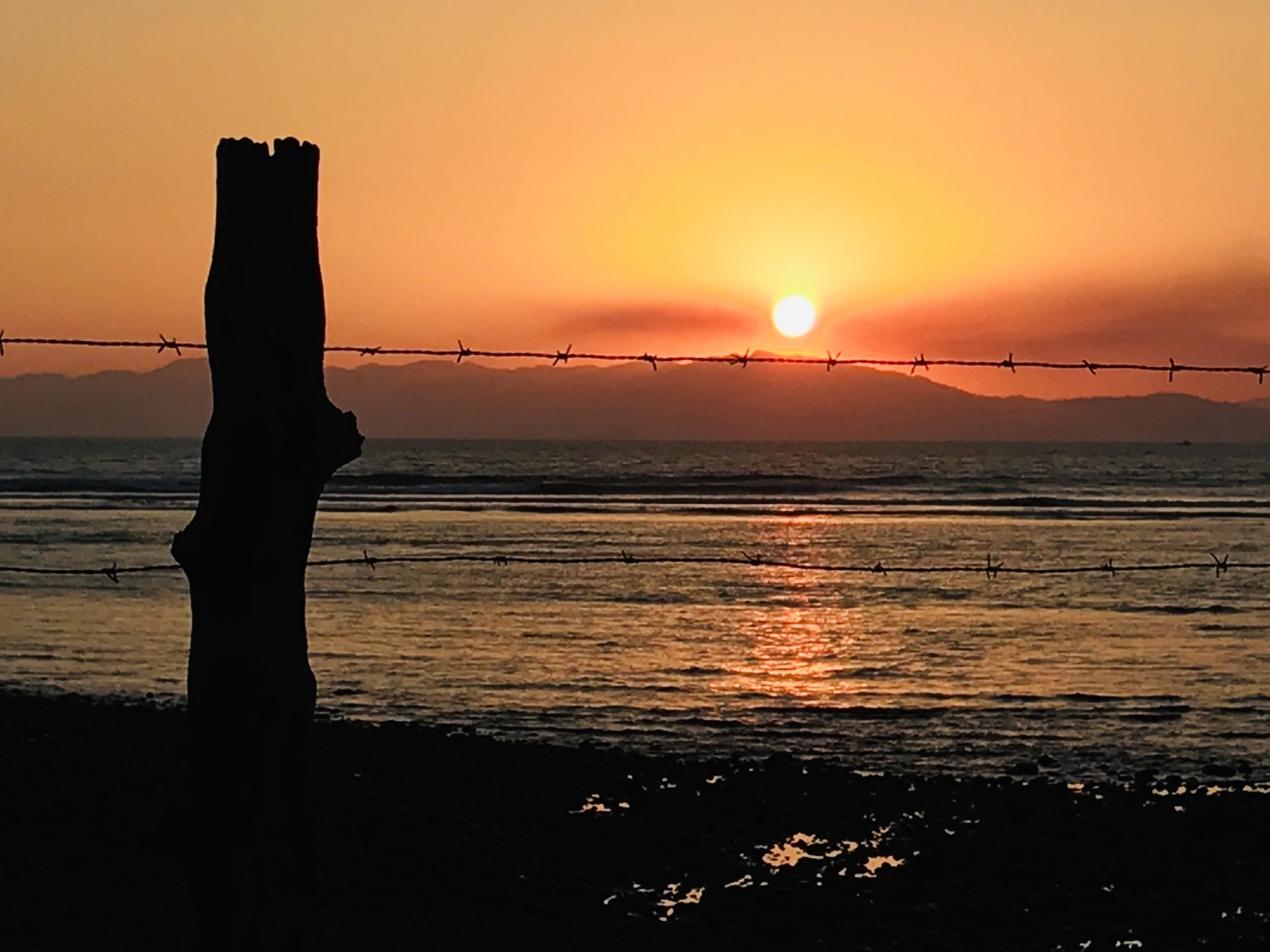 boca-barranca-wall-sunset